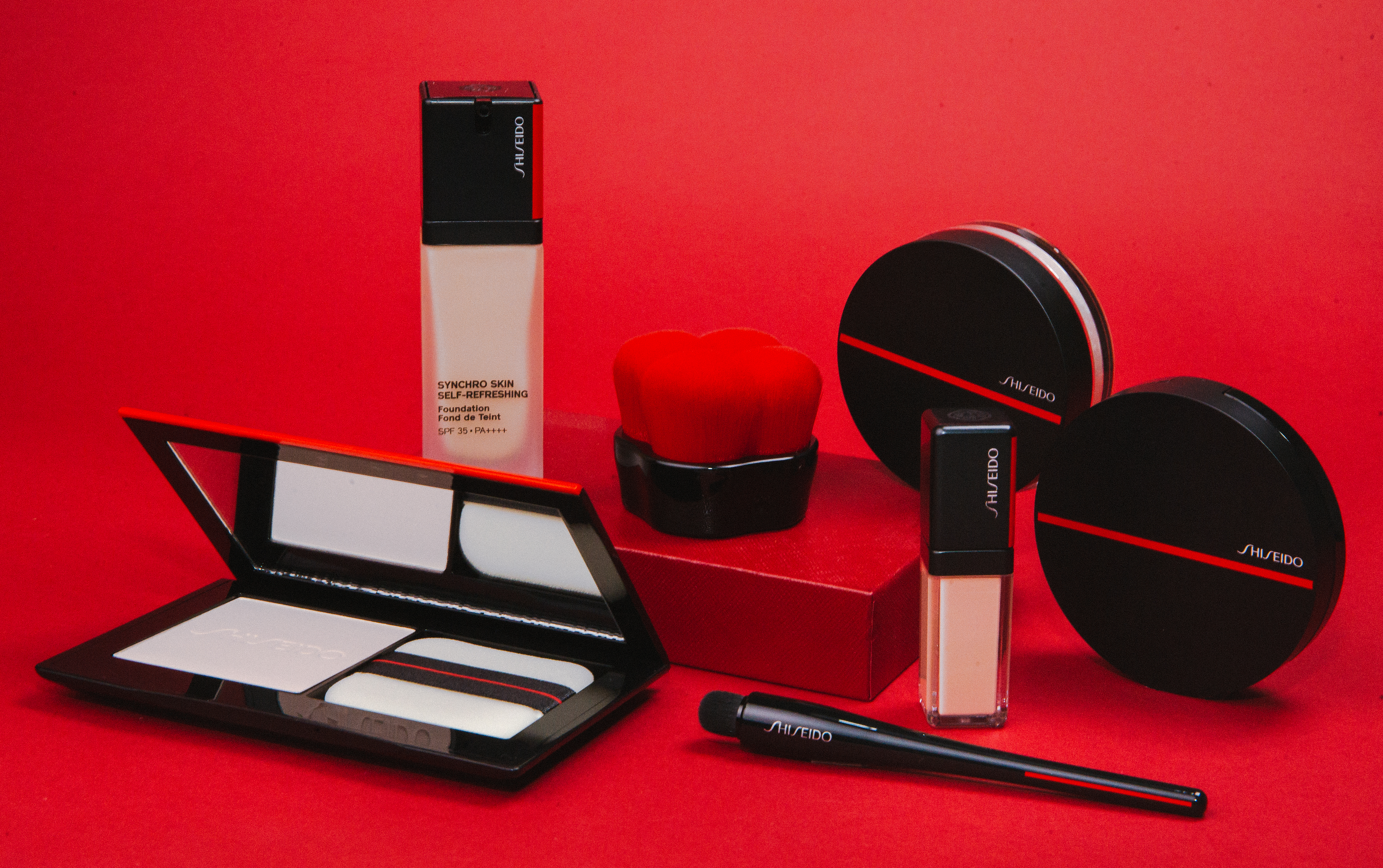 Effortless Brilliance with Shiseido's New Synchro Skin Self-Refreshing Collection